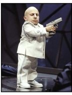 Austin Powers in Goldmember movie still Verne J. Troyer as Mini-Me