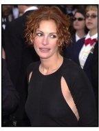 Julia Roberts at the 2002 Academy Awards