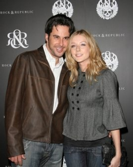 Jonathan Silverman and Jennifer Finnigan