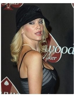 HollywoodPoker.com 1st Anniversary Party Photos:  Barbara Moore