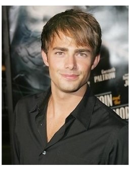 Jonathan Bennett at the Sky Captain and the World of Tomorrow Premiere