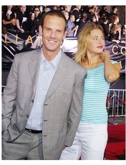 "Peter Berg and Estella Warren at the ""Collateral"" premiere"
