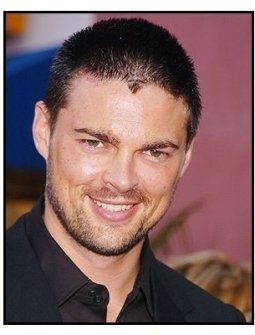 "Karl Urban at ""The Chronicles of Riddick"" Premiere"