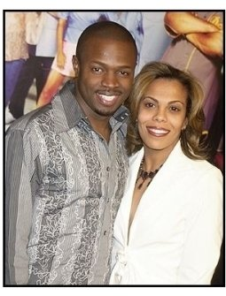 """Sean Patrick Thomas and date  at the """"Barbershop 2: Back in Business"""" premiere"""