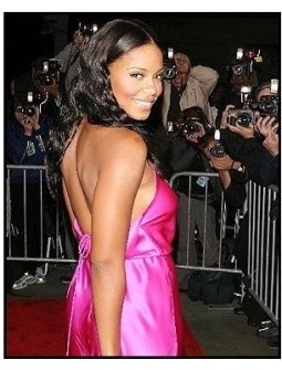 """ONE TIME USE ONLY:Sanaa Lathan at the """"Out of Time"""" Premiere"""