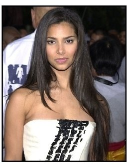 Roselyn Sanchez at the Rush Hour 2 premiere