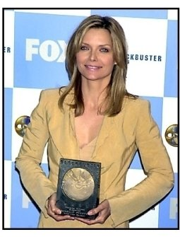 Michelle Pfeiffer backstage at the 2001 Blockbuster Entertainment Awards