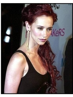 Jennifer Love Hewitt at the Heartbreakers premiere