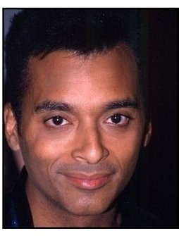 Jon Secada at the 2000 Latin Grammy Gala