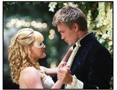 """A Cinderella Story"" Movie Still:Hilary Duff and Chad Michael Murray"