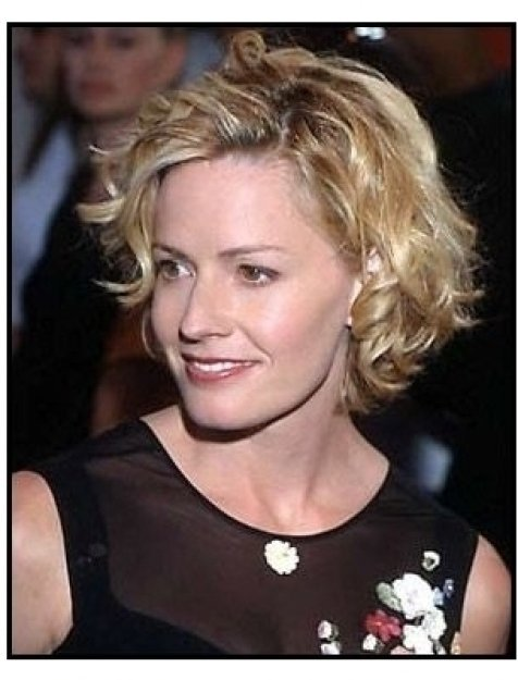 Elisabeth Shue at the Hollow Man premiere
