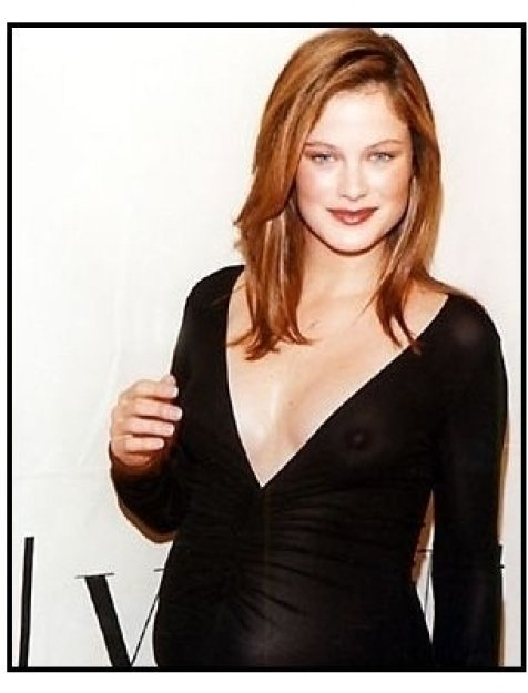 Carolyn Murphy at the 2000 VH-1 / Vogue Fashion Awards