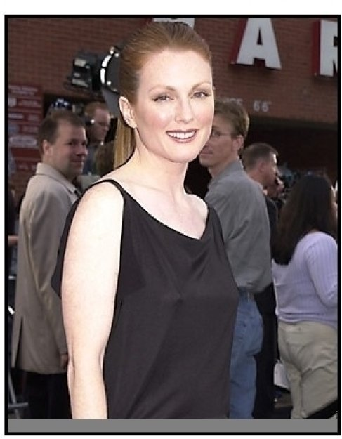 Julianne Moore at the Evolution premiere
