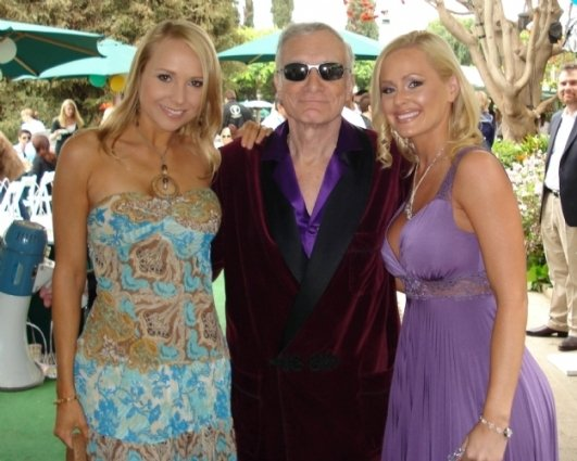 Alana Curry with Hugh Hefner and Katie Lohmann